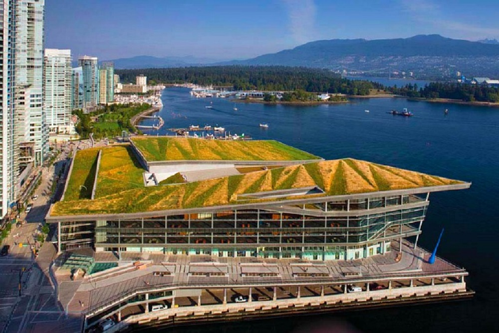 r_LEED-Platinum-Vancouver-Convention-Centre-5.jpg